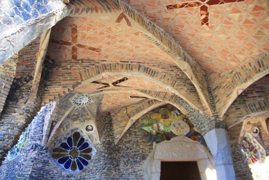 colonia guell (1)