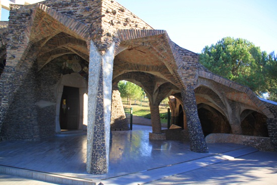 colonia guell (23)